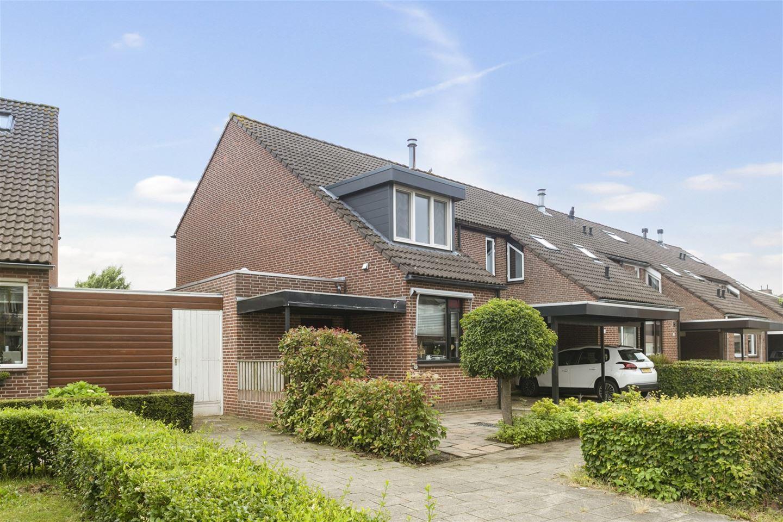 Bekijk foto 2 van Jan van Scorelstraat 39