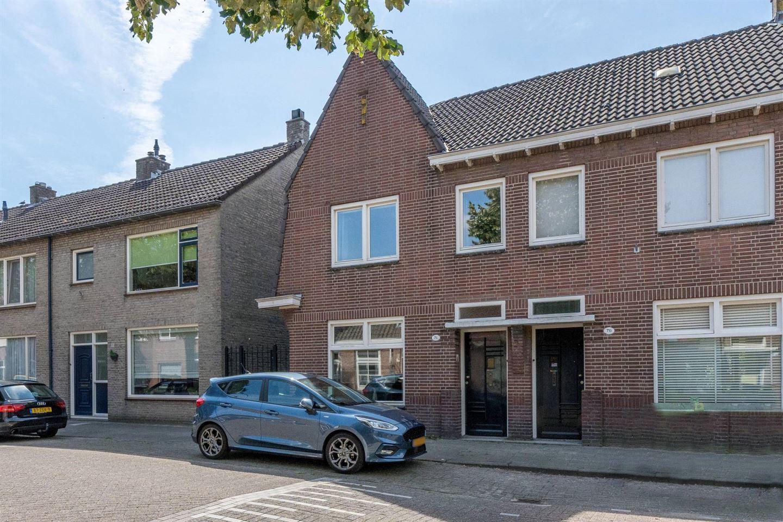 Bekijk foto 1 van Generaal Winkelmanstraat 74