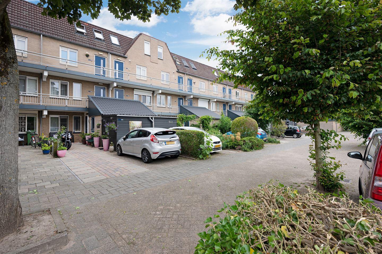 Bekijk foto 2 van Reigerskamp 564