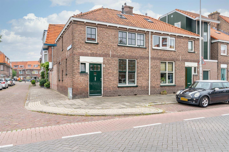 Bekijk foto 1 van Adriaan Pauwstraat 39