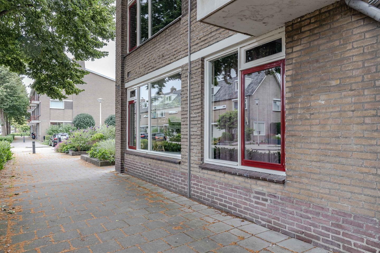 Bekijk foto 3 van Linnaeusweg 76