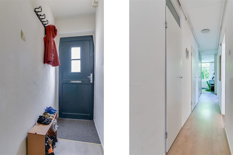 Bekijk foto 2 van Roggeveenstraat 31