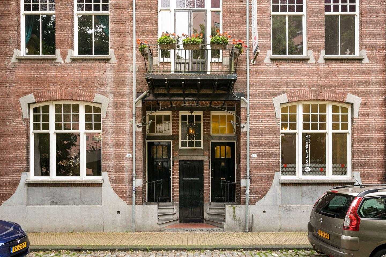 Bekijk foto 2 van Tivolistraat 16