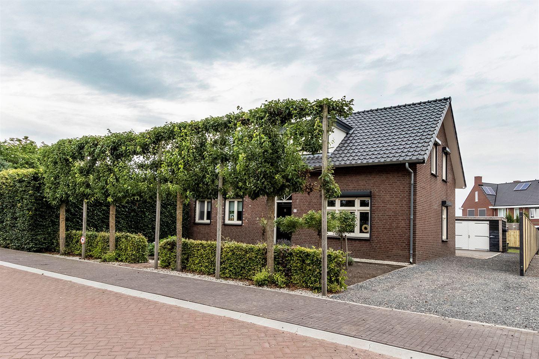 Bekijk foto 3 van Broekweg 40