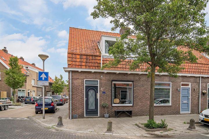 Julianastraat 7