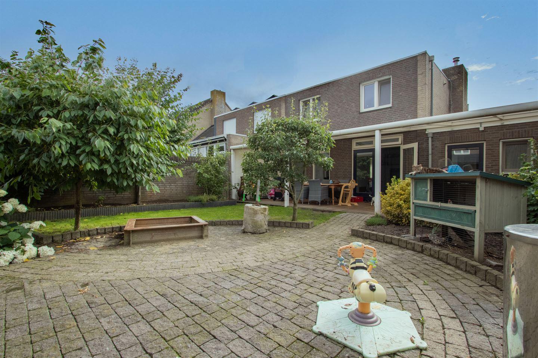 Bekijk foto 5 van Gouverneur Houbenstraat 12