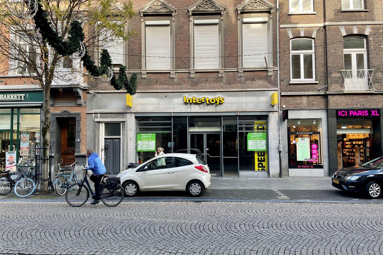 Bekijk foto 1 van Wycker Brugstraat 20