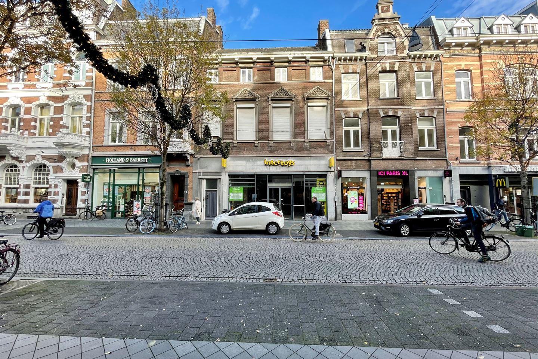 Bekijk foto 2 van Wycker Brugstraat 20