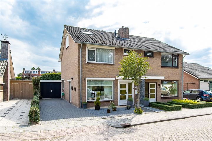 G.Sterkenburgstraat 10