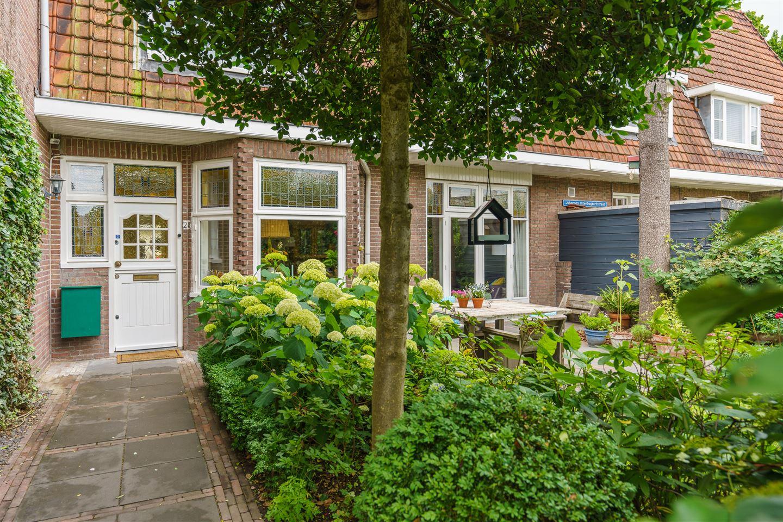 Bekijk foto 2 van Johannes Uitenbogaertstraat 28