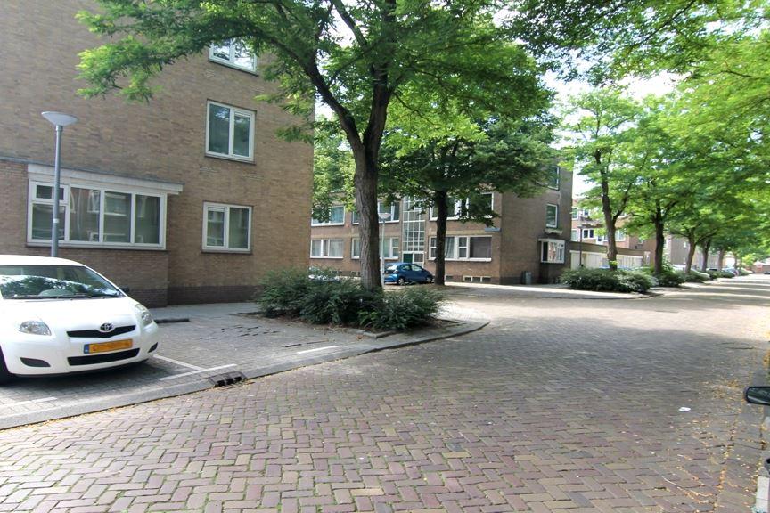 Bekijk foto 5 van Flakkeesestraat 77 b