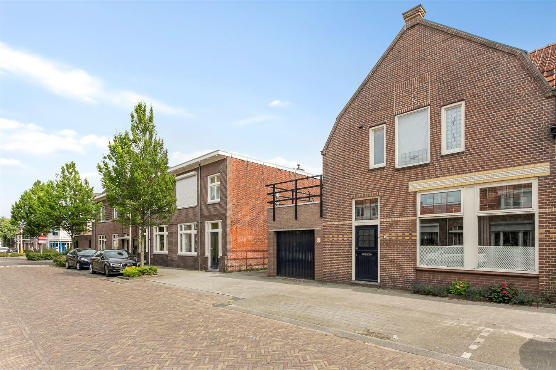 Bekijk foto 4 van Koning Willem III straat 5