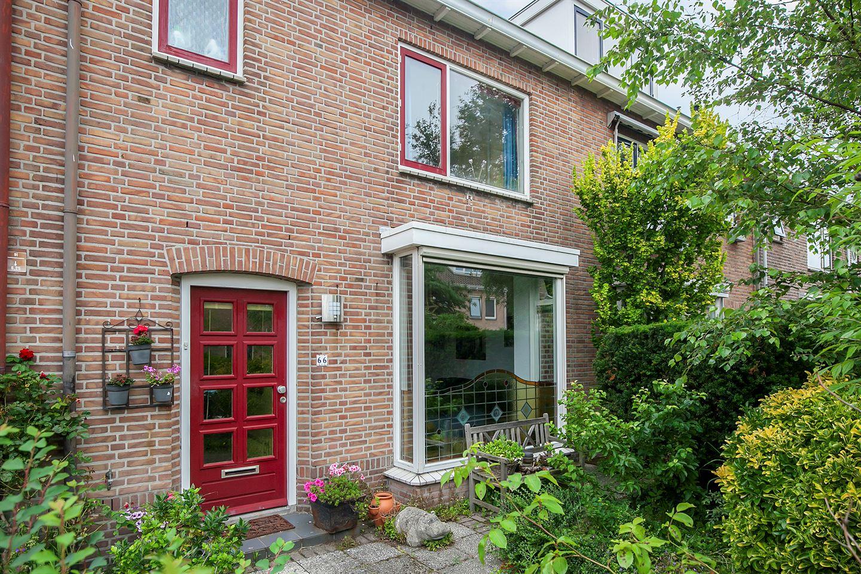 Bekijk foto 2 van Burgemeester Kampschöerstraat 66