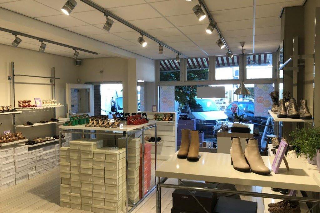 Bekijk foto 3 van Oranjestraat 14