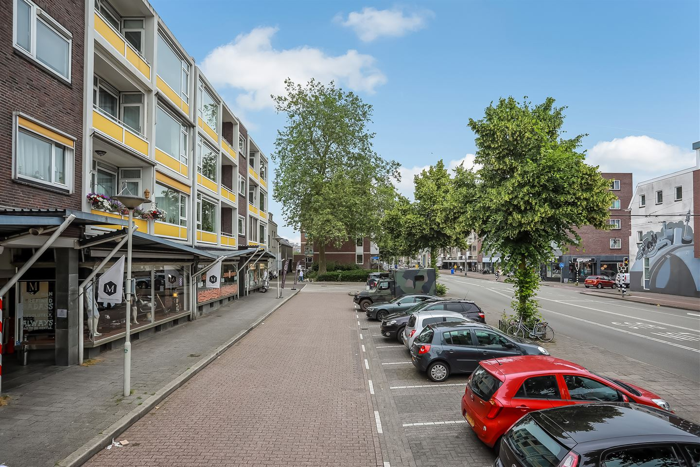 Bekijk foto 3 van Ir J.P. van Muijlwijkstraat 49