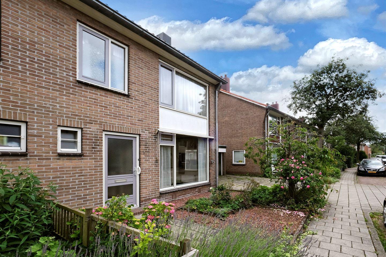 Bekijk foto 2 van Frederik Hendrikstraat 46