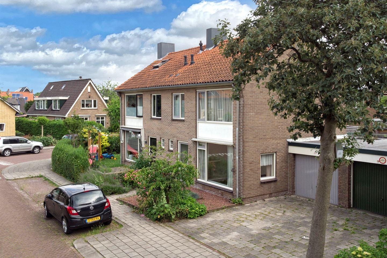 Bekijk foto 3 van Frederik Hendrikstraat 46