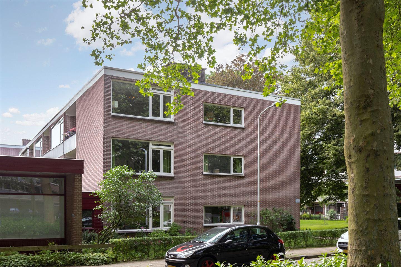 Bekijk foto 1 van Van der Waalsstraat 40 2