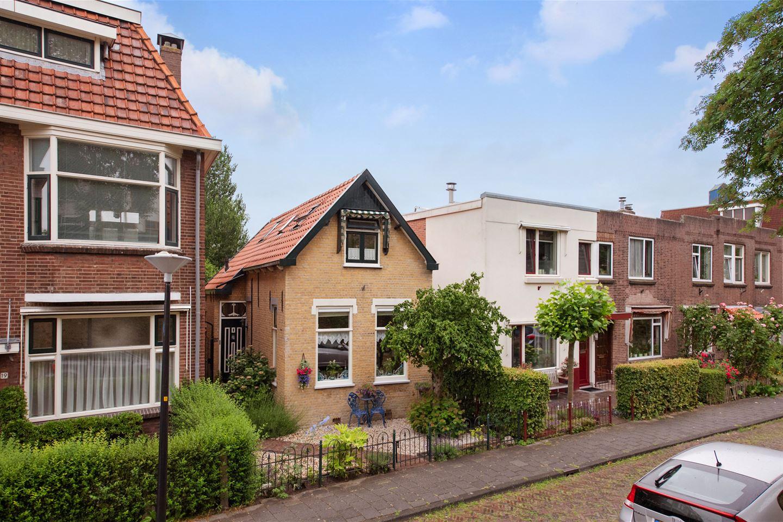 Bekijk foto 2 van Van der Horststraat 20
