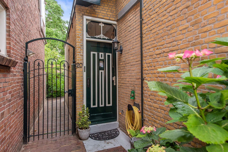 Bekijk foto 3 van Van der Horststraat 20