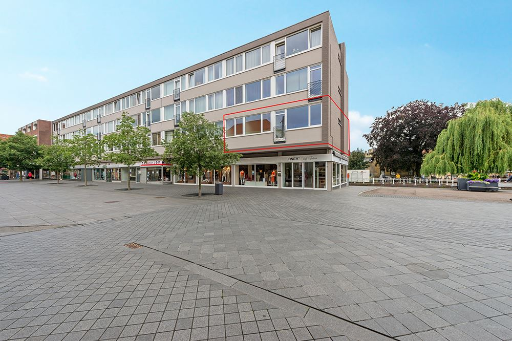 Bekijk foto 1 van Dr Erensstraat 36