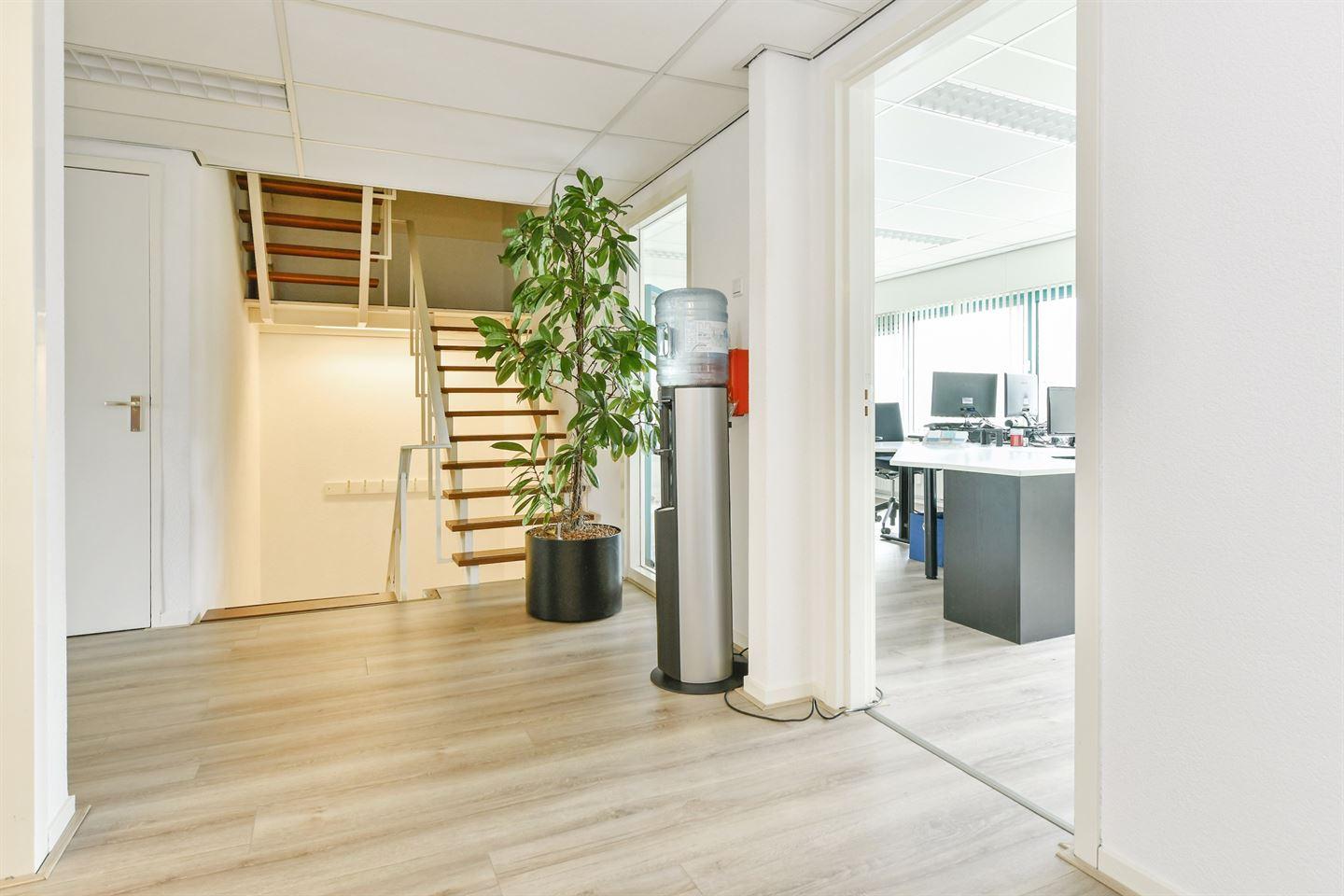 Bekijk foto 3 van Bovenkerkerweg 39