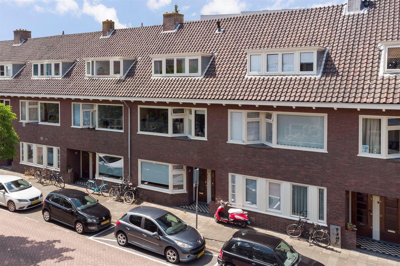 Bekijk foto 2 van Van Koetsveldstraat 48