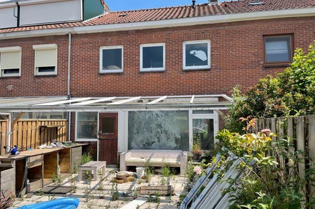Bekijk foto 2 van Alexander Verhuellstraat 99