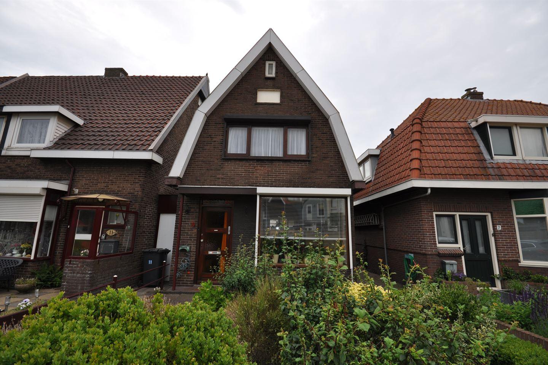 Bekijk foto 1 van van Oldenborghweg 9