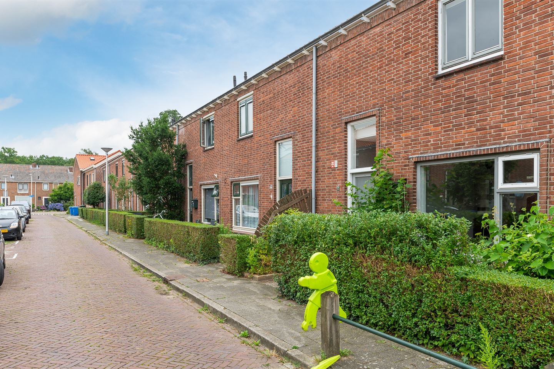 Bekijk foto 2 van Van Diemenstraat 12