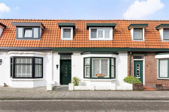 Burgemeester van Zuijenstraat 9