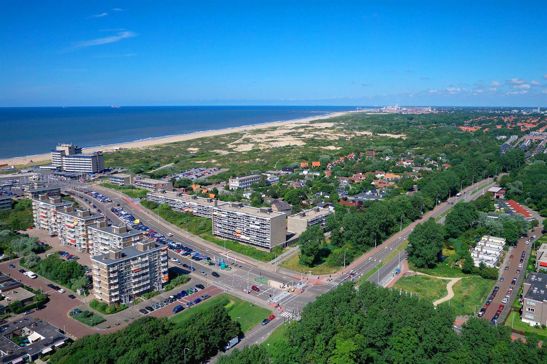 View photo 3 of Zandvoortselaan 16