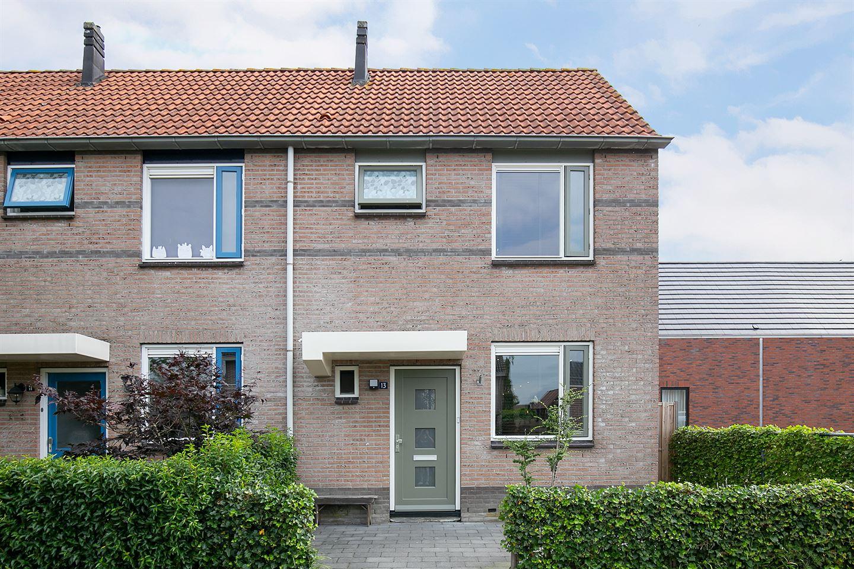 Bekijk foto 2 van Maarten Maartensstraat 13