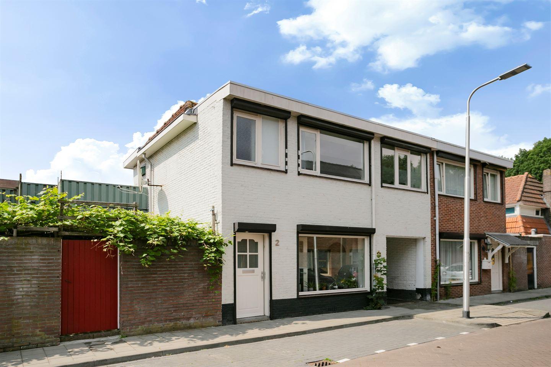 View photo 2 of Condorstraat 2