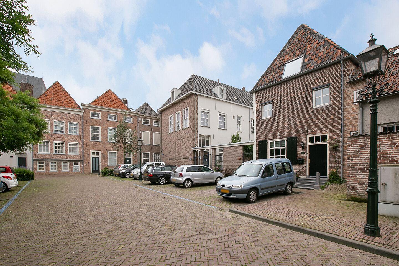 Bekijk foto 2 van Binnenhof 10