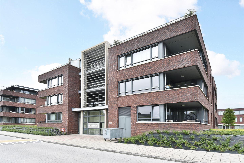 Bekijk foto 3 van Van Poeljestraat 56