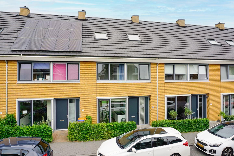 Bekijk foto 1 van Mies Bouhuysstraat 25