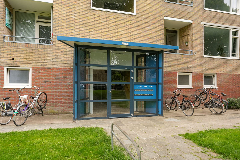 Bekijk foto 2 van Dierenriemstraat 77