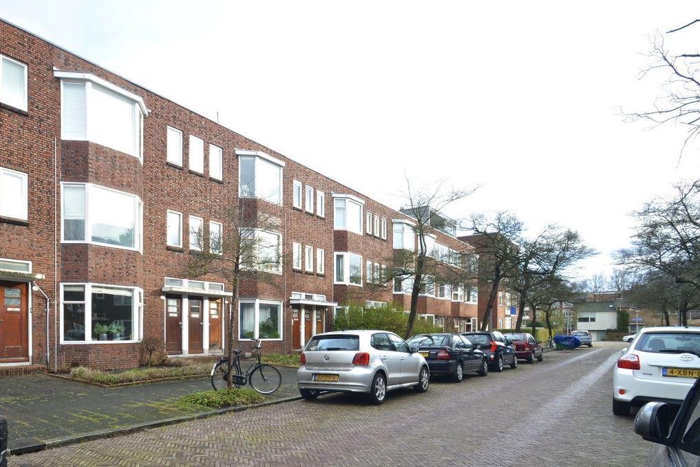 Bekijk foto 1 van Van Starkenborghstraat 130
