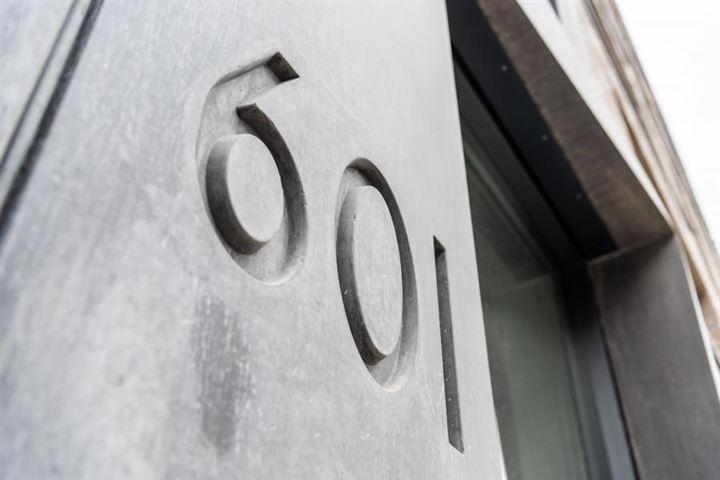Oostenburgermiddenstraat 609