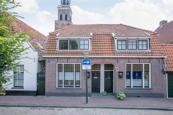 Bisschopstraat 28