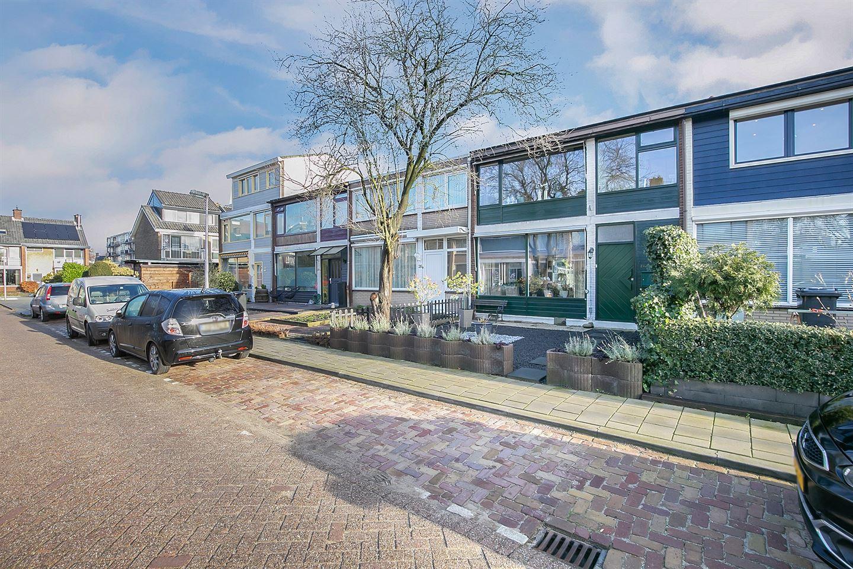 Bekijk foto 2 van Meindert Hobbemastraat 24
