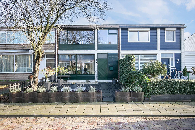Bekijk foto 1 van Meindert Hobbemastraat 24