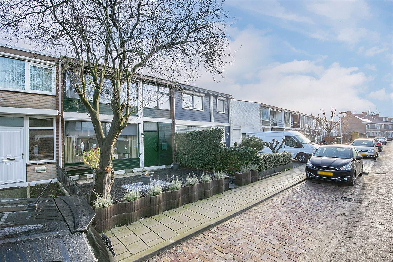 Bekijk foto 3 van Meindert Hobbemastraat 24