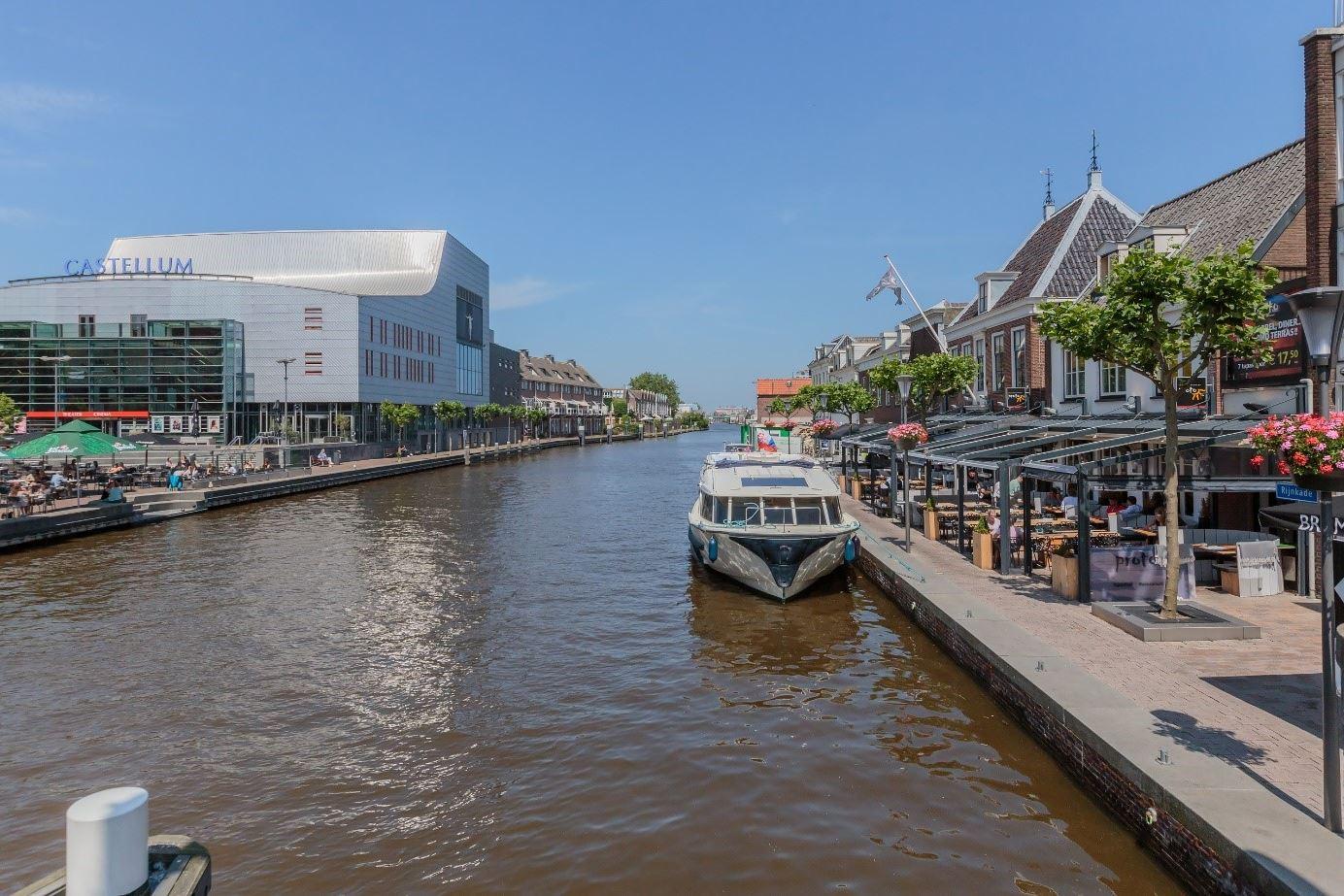 View photo 3 of Van Eijckstraat 2
