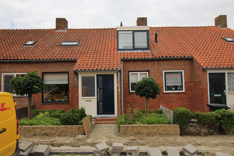 Bekijk foto 1 van Burg. Gerritsenstraat 24