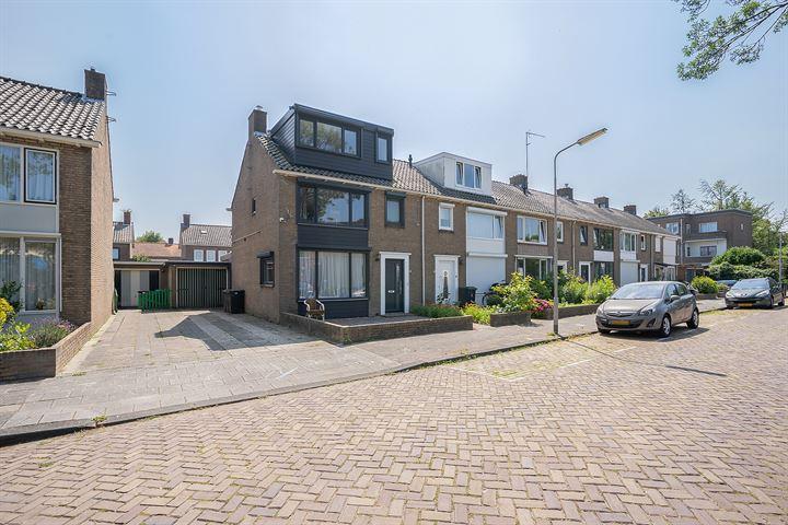 J.D.van Mellestraat 106