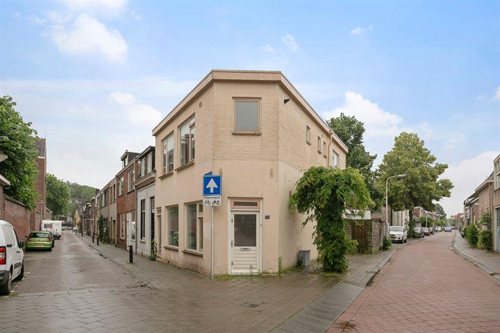 Paterstraat 57 b