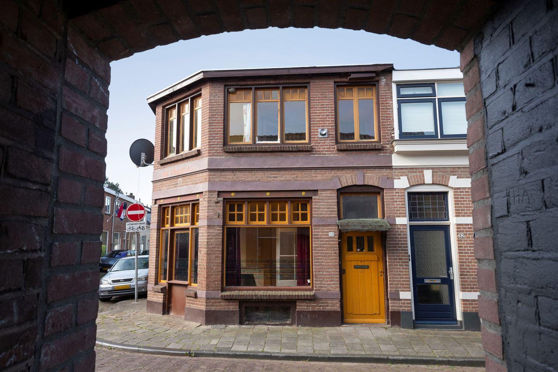 Bekijk foto 2 van Spoorstraat 34