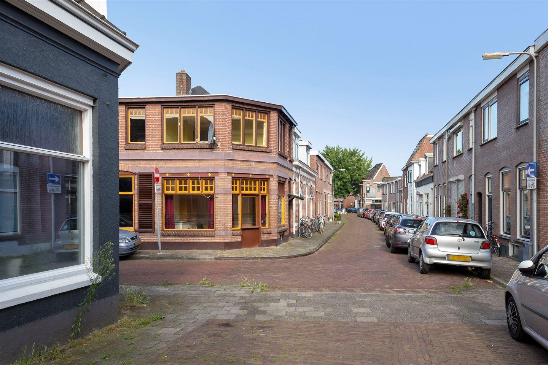 Bekijk foto 3 van Spoorstraat 34